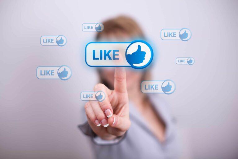 لماذا «فيسبوك» هو زعيم التواصل الاجتماعي؟